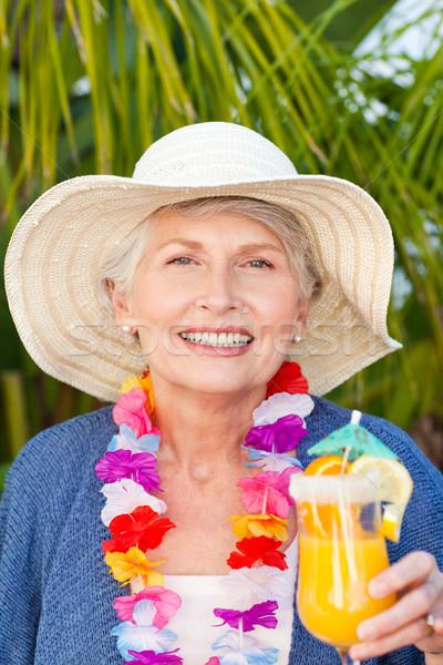 Nyugdíjas nő iszik koktél nap nyár Stock fotó © wavebreak_media