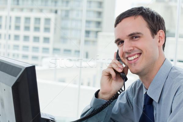 Boldog irodai dolgozó telefon iroda üzlet számítógép Stock fotó © wavebreak_media
