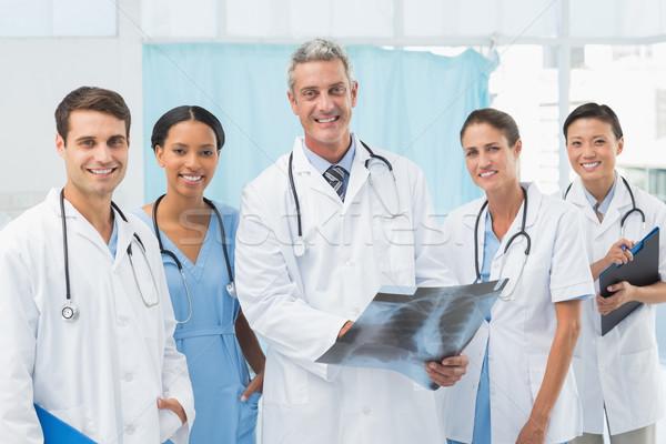 Homme Homme médecins xray médicaux Photo stock © wavebreak_media