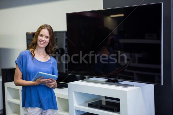 Stockfoto: Mooie · vrouw · winkelen · nieuwe · televisie · elektronica · store