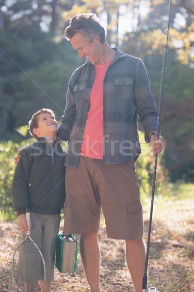 отцом сына глядя другой рыбалки оборудование Сток-фото © wavebreak_media