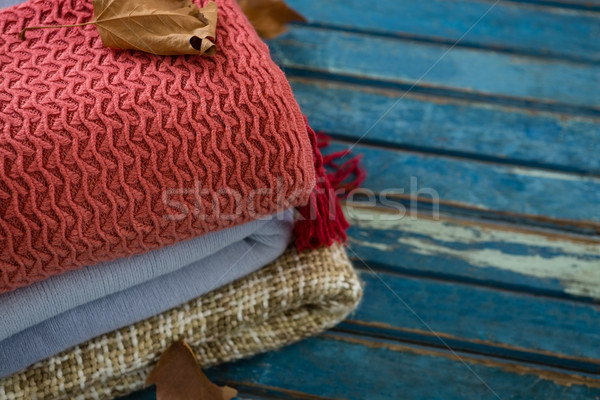 Warme kleding houten tafel hout blad Stockfoto © wavebreak_media