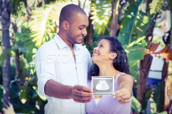 Boldog férfi terhes feleség tart ultrahang Stock fotó © wavebreak_media