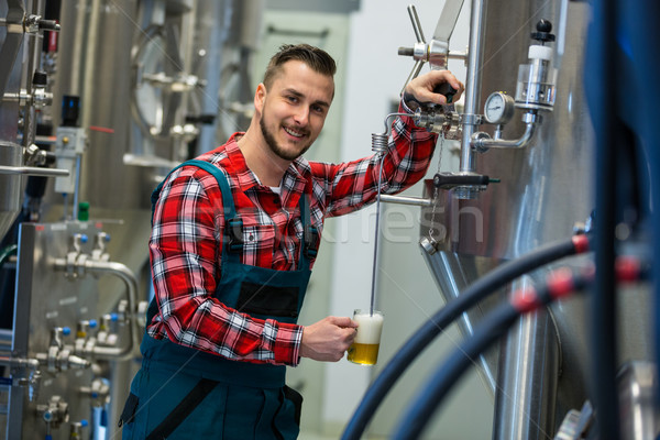 Brewer testing beer Stock photo © wavebreak_media