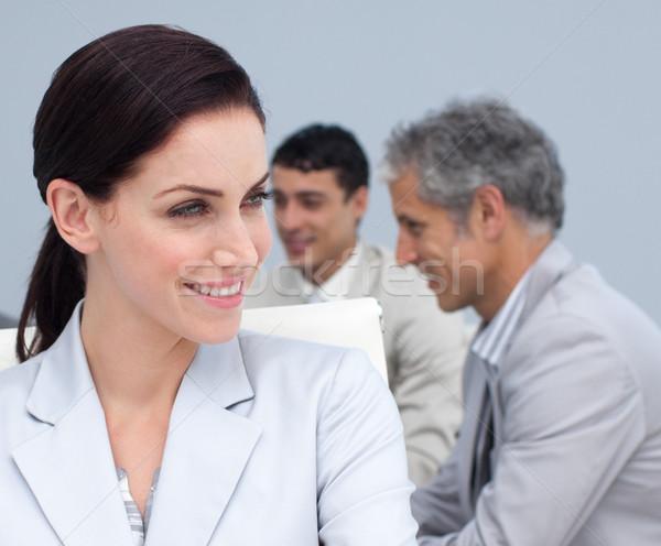 Portrait belle femme d'affaires réunion équipe heureux Photo stock © wavebreak_media