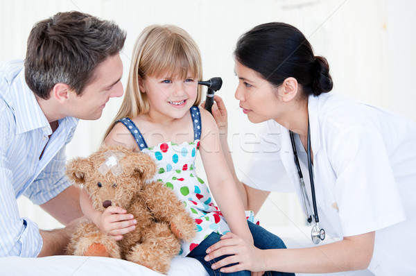 Cute Mädchen lächelnd Teddybär weiß Frau Stock foto © wavebreak_media