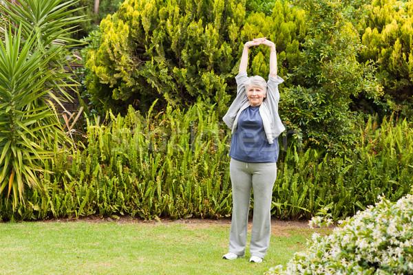 отставку женщину саду спорт природы фитнес Сток-фото © wavebreak_media