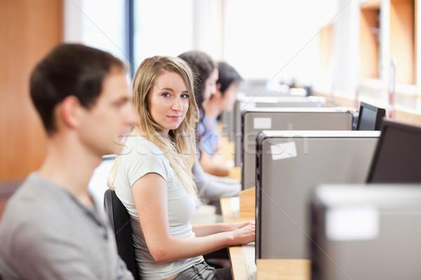 Estudiantes habitación ordenador estudiante educación Foto stock © wavebreak_media