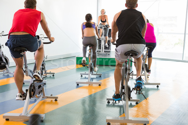 Spin Klasse motivierend Ausbilder Fitnessstudio Stock foto © wavebreak_media