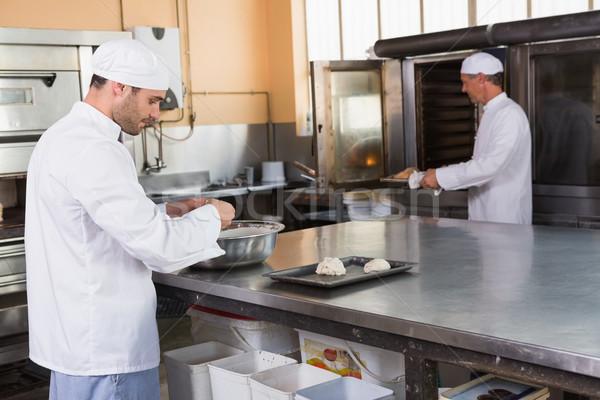 Bakker kom keuken bakkerij business Stockfoto © wavebreak_media