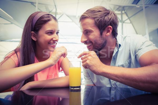 Jonge gelukkig paar drinken cafe Stockfoto © wavebreak_media