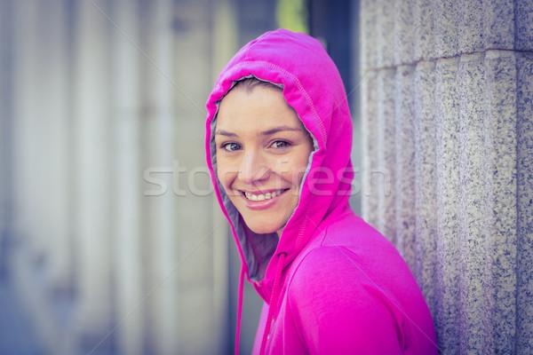 Stock fotó: Nő · visel · rózsaszín · kabát · napos · idő · város