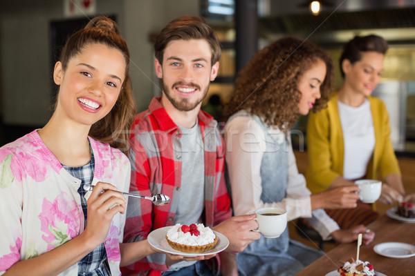 друзей кофе десерта кафе счастливым человека Сток-фото © wavebreak_media