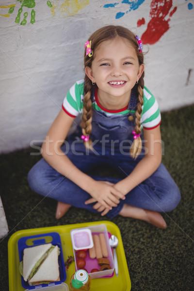 Portret gelukkig schoolmeisje maaltijd school meisje Stockfoto © wavebreak_media