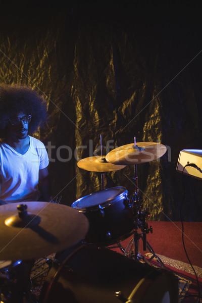 Homme batteur discothèque micro Photo stock © wavebreak_media