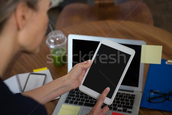 画像 女性実業家 タブレット デジタル ノートパソコン オフィス ストックフォト © wavebreak_media