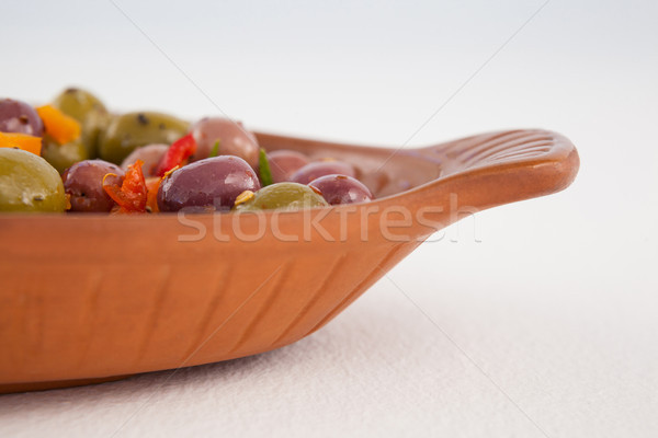 Imagen aceitunas servido contenedor mesa Foto stock © wavebreak_media