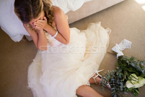 表示 花嫁 ウェディングドレス 泣い 座って ストックフォト © wavebreak_media