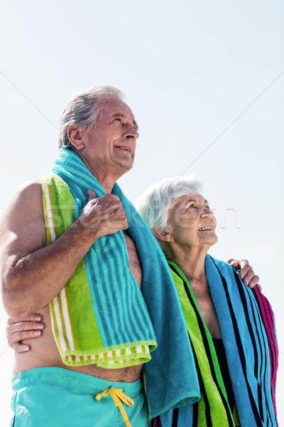 полотенце вокруг шее пляж Сток-фото © wavebreak_media