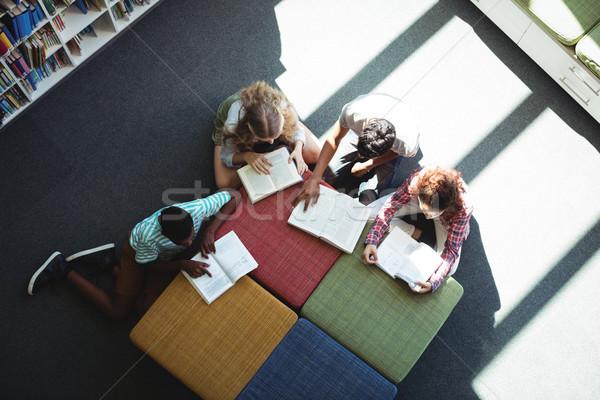Attento studenti studiare biblioteca view scuola Foto d'archivio © wavebreak_media