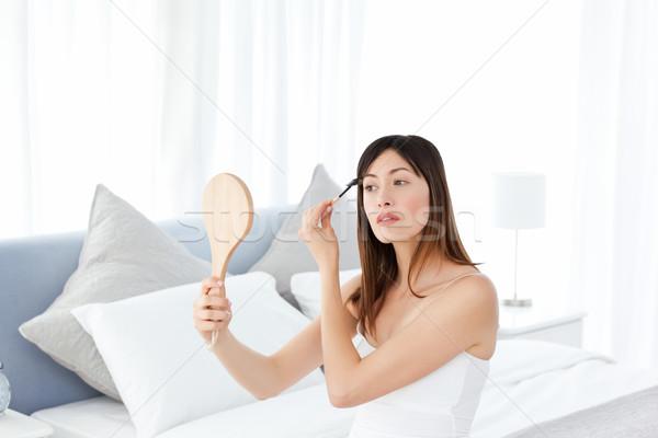 Femme composent espace salle de bain peau Homme Photo stock © wavebreak_media