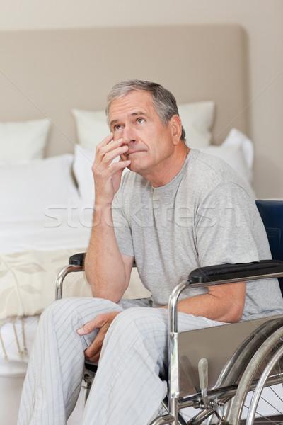 Foto stock: Senior · homem · cadeira · de · rodas · casa · médico