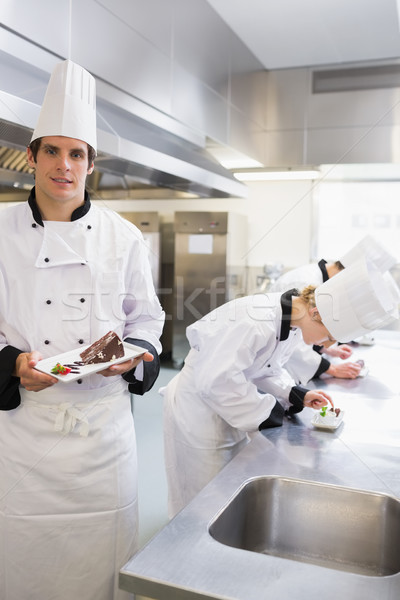 Chef désert travail cuisine alimentaire Photo stock © wavebreak_media