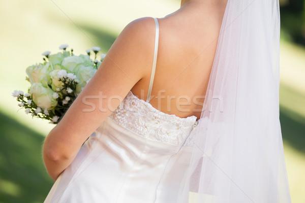 Középső rész fiatal gyönyörű menyasszony virágcsokor közelkép Stock fotó © wavebreak_media
