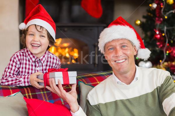 Stock fotó: Portré · mosolyog · apa · fia · karácsony · otthon · nappali