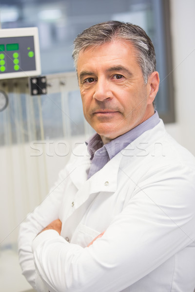 Farmacêutico maquinaria medicina laboratório tecnologia Foto stock © wavebreak_media
