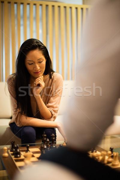 Komoly üzletasszony játszik sakk férfi kolléga Stock fotó © wavebreak_media