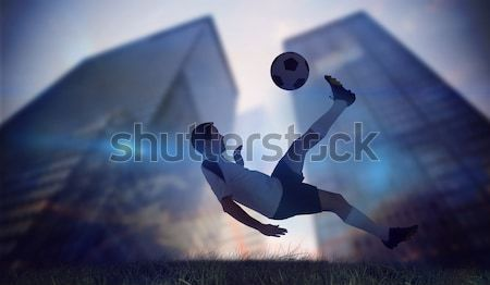 Entrenador ninos subir pared Foto stock © wavebreak_media