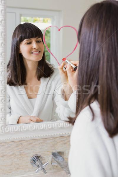 Fiatal gyönyörű nő rajz nagy szív tükör Stock fotó © wavebreak_media