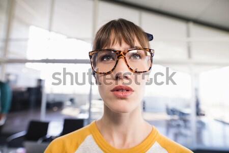 女性 見える 付箋 オフィス 眼鏡 ストックフォト © wavebreak_media