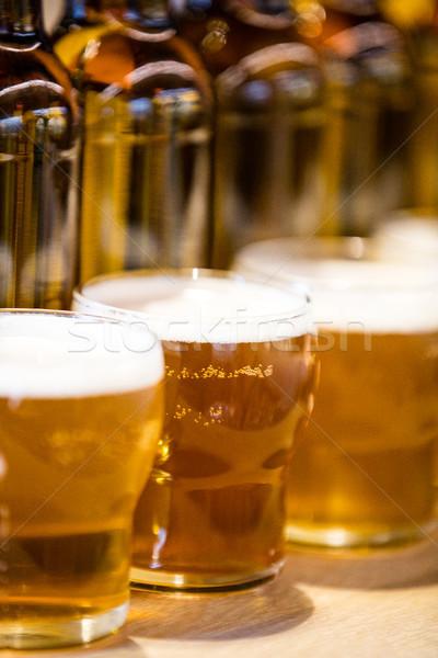 Cerveja óculos bar contrariar restaurante Foto stock © wavebreak_media