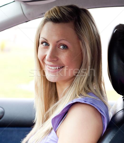 Portré mosolyog fiatal női sofőr ül Stock fotó © wavebreak_media