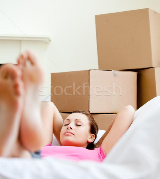 Foto stock: Mulher · atraente · quebrar · caixas · casa · mulher · sorridente