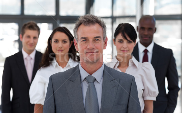 Portrait équipe commerciale regarder caméra bureau affaires Photo stock © wavebreak_media