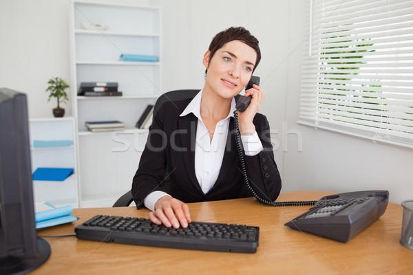 Secretaris telefoon hand gezicht werk medische Stockfoto © wavebreak_media