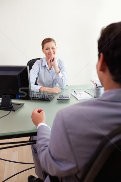 молодые деловая женщина прослушивании клиент бизнеса компьютер Сток-фото © wavebreak_media