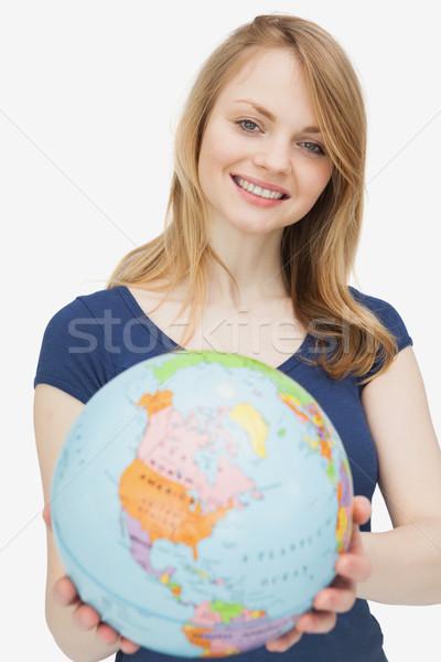 Frau halten Welt weiß glücklich Welt Stock foto © wavebreak_media