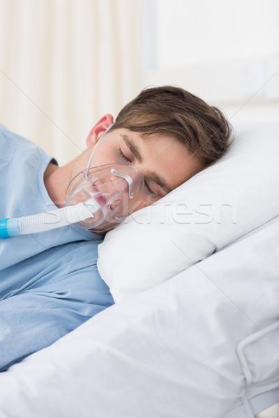 Beteg visel oxigénmaszk kórház fiatal férfi Stock fotó © wavebreak_media