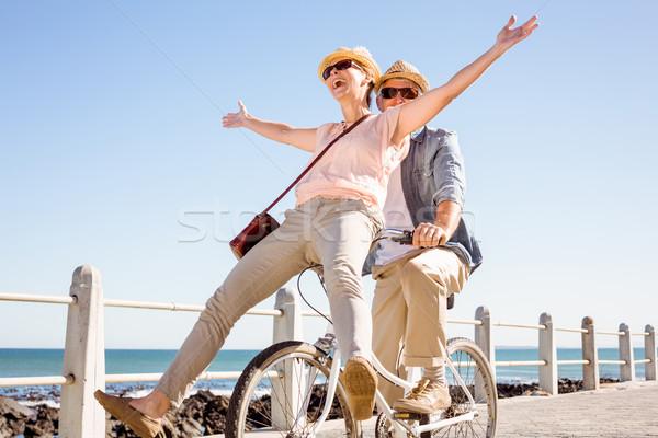 Boldog lezser pár bicikli móló napos idő Stock fotó © wavebreak_media