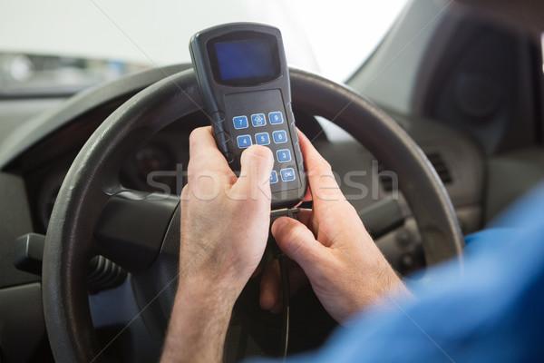 Szerelő diagnosztikai szerszám autó autójavítás garázs Stock fotó © wavebreak_media