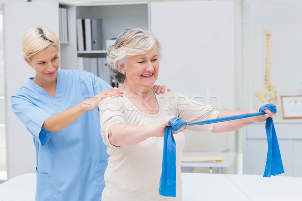 Verpleegkundige senior patiënt weerstand verbieden Stockfoto © wavebreak_media