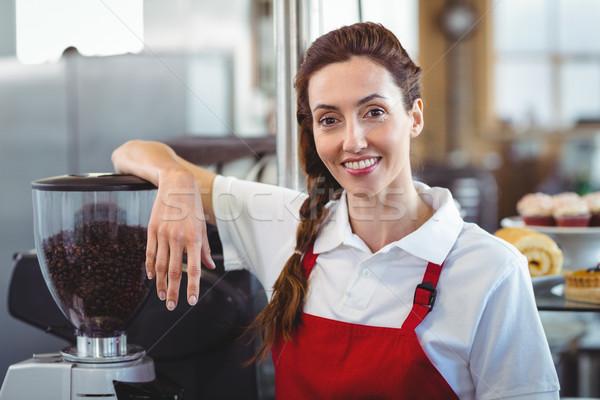 Bastante barista sorridente câmera café negócio Foto stock © wavebreak_media