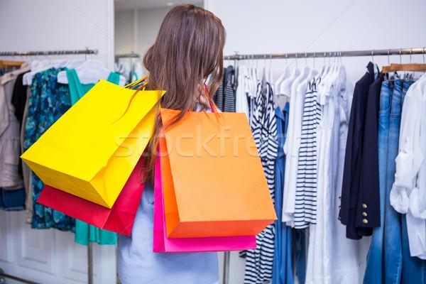 Mulher ombro moda boutique Foto stock © wavebreak_media