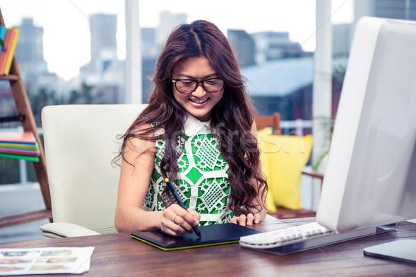 улыбаясь Creative деловая женщина цифровой совета служба Сток-фото © wavebreak_media