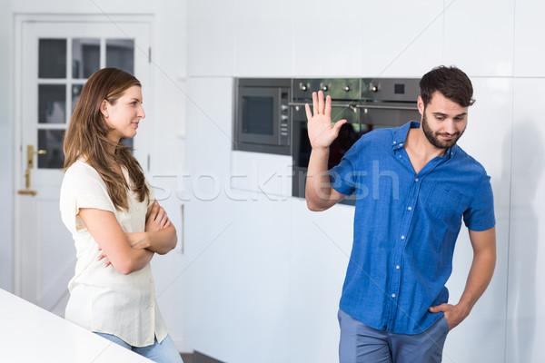 男 停止 ジェスチャー 妻 ホーム ストックフォト © wavebreak_media