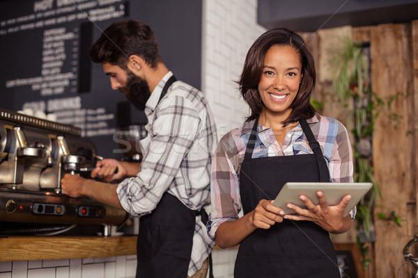 Garson dijital tablet garson kahve Internet Stok fotoğraf © wavebreak_media